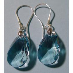 Kolczyki srebrne z niebieskim kryształem Swarovskiego 22 mm Na rękę