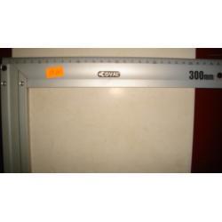 kątownik budowlany aluminiowy Coval 500mm