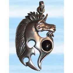 Magiczny jednorożec - symbol dobra. Jego łzy mogły zamienić w kamień.