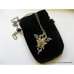 Dwa smoki, żeński i męski w miłosnym uścisku, harmonii, posrebrzany i pozłacany amulet magiczny Ezoteryka
