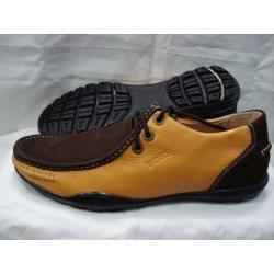 Продаём оптом и в розницу сумки и обувь самых известных брендов.
