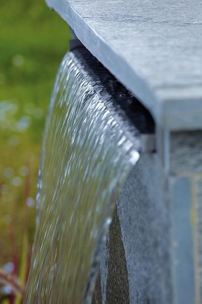 waterfall instalacja