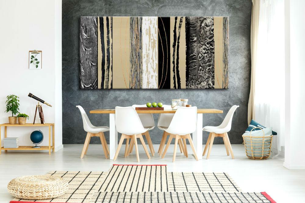 duży abstrakcyjny obraz w salonie