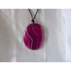 N-00027 Naszyjnik z agatu w kolorze fuksji