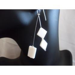 K-00071 Kolczyki z masy perłowej