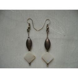 K - 000218 Kolczyki z masą perłową