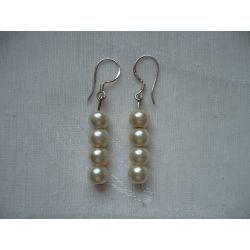 K - 000224 Kolczyki z kremowymi perełkami