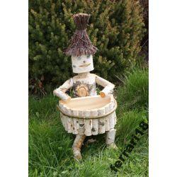 Brzozowy pajac ogrodowy z donicą na kolanach