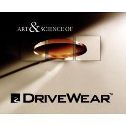 Szkła plastikowe, sferyczne Transitions DriveWear indeks 1,50. Utwardzone z wielowarstwową powłoką antyrefleksyjną oraz warstwą hydrofobową, która zmniejsza efekt parowania soczewek.
