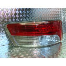 Toyota Avensis T27 lewa lampa tył sedan ORYGINAŁ