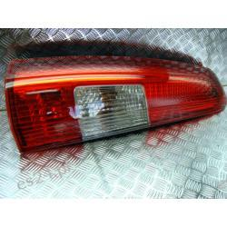 Volvo V70 lewa górna lampa kombi