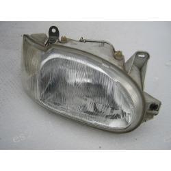 Prawa lampa Ford Escort reflektor prawy Lampy tylne