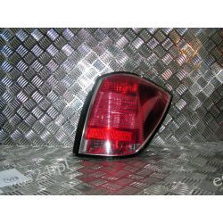 Opel Astra III combi kombi prawa lampa tył
