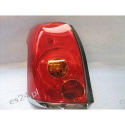 Toyota Avensis lewa lampa tył kombi