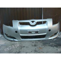 Toyota Auris zderzak przód przedni oryginał cały