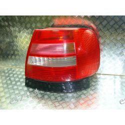 Audi A4 B5 sedan lift prawa lampa tył