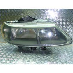 Renault Laguna I lift prawa lampa przód czarna Pozostałe