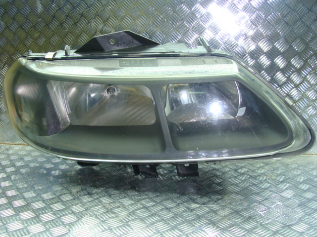 Renault Laguna I Lift Prawa Lampa Przód Czarna Części