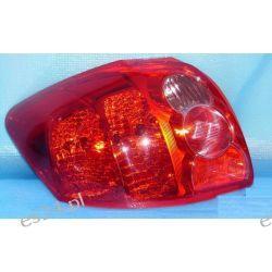 Toyota Auris lewa idealna lampa tył