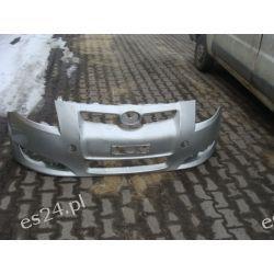 Toyota Auris oryginalny zderzak przód przedni