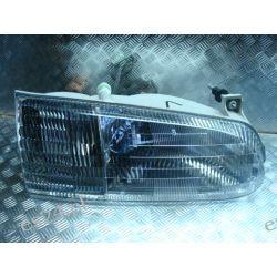 Ford Windstar prawa kompletna lampa przód