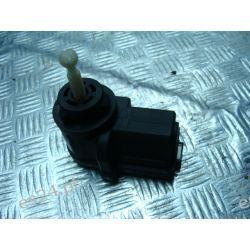 FV Golf 5 silniczek regulacji lampy