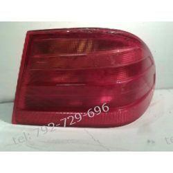 MERCEDES W210 E-KLASA SEDAN LAMPA TYLNA PRAWA Lampy tylne