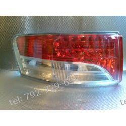 Toyota Avensis lewa lampa tył kombi, led