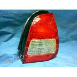Mitsubishi Colt prawa lampa tył delikatnie uszkodzona