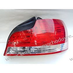 BMW COUPE 1 CABRIO E82 E88 PRAWA LAMPA TYŁ
