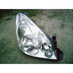 Reflektor prawy Toyota Corolla Verso 2004-2006... Wentylatory chłodnicy