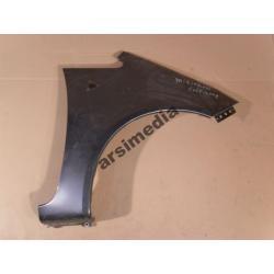 Błotnik przedni prawy Mitsubishi Colt 2008-