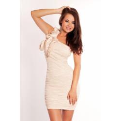 2502-1 Marszczona sukienka zakładana na jedno ramię - kremowy...