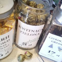 ROZKWITAJĄCA herbata zielona