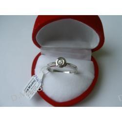 Pierścionek zaręczynowy z diamentem  H/VS O,105ct z białego złota