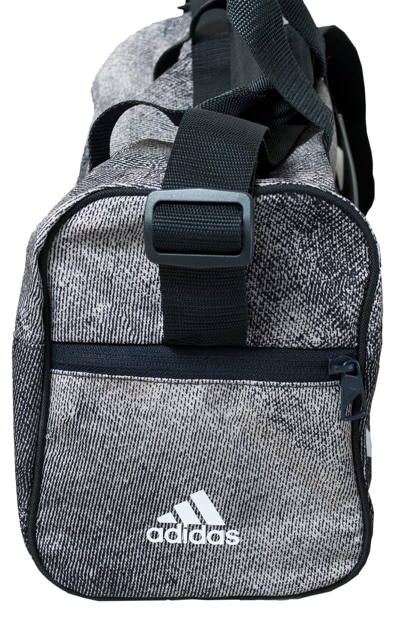 b661e942a673 ... ADIDAS BARDZO FAJNA mała torba sportowa XS ...