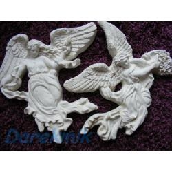 Duże anioły z kwiatami i z gołębiem