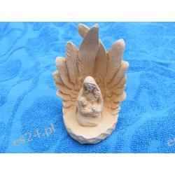 Maria z Jezusem w grocie Akcesoria