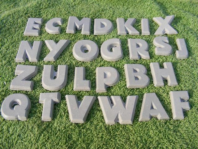 http://www.bazarek.pl/produkt/422876/wszystkie-literki-alfabetu.html