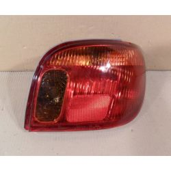 Lampa tylna prawa Toyota Yaris 2002-2005...
