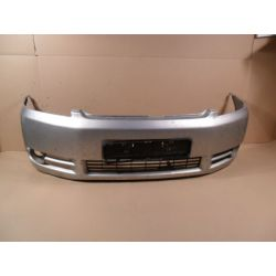 Zderzak przedni Toyota Avensis Verso 2001-...
