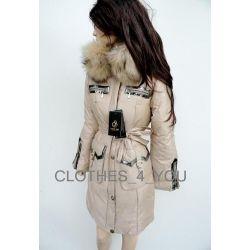 Zimowy puchowy beżowy płaszcz z futrem 36/S