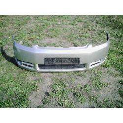Zderzak przedni Toyota Avensis Verso 2001-2003...