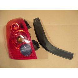 Lampa tylna lewa Nissan Primera HB 2001-2006...