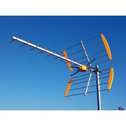 Antena kierunkowa DVB-T, wzm, zasilacz ZESTAW