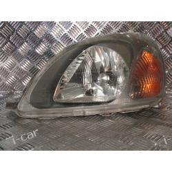 Toyota YARIS I lewa lampa + silniczek VALEO