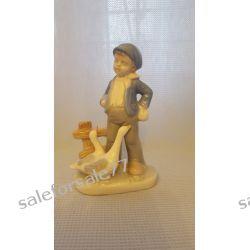 porcelanowa figurka chłopczyka z gęsiami  Antyki i Sztuka