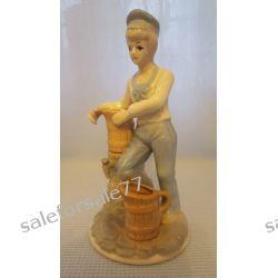 figurka chłopczyka z dzbanami Antyki i Sztuka